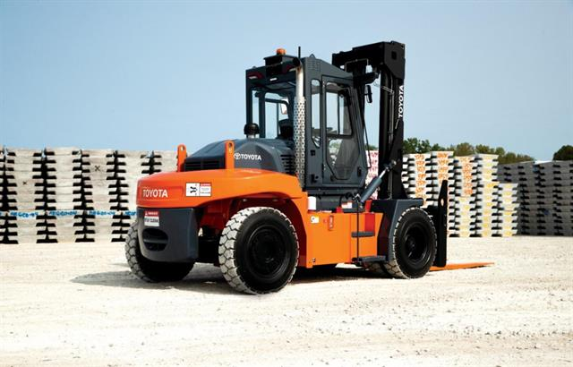 Toyota introduces high capacity core IC pneumatic forklift