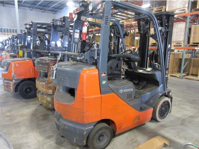 Selecting the proper forklift tires for the application and forklift type is crucial